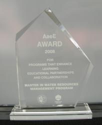 AaeE award