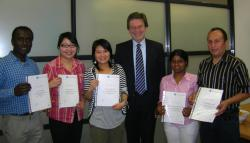 All students receving certificates 2008_crop_web